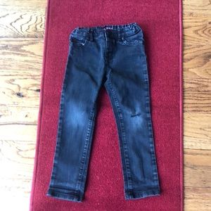 The children's place distressed jeans. Size 5T